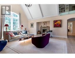 377 Seymour Hts-Property-22097528-Photo-6.jpg