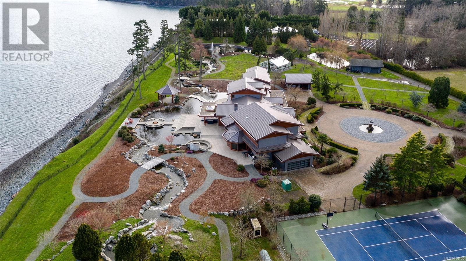 3275 Campion RdCentral Saanich, British Columbia  V8M 1W7 - Photo 4 - 866155