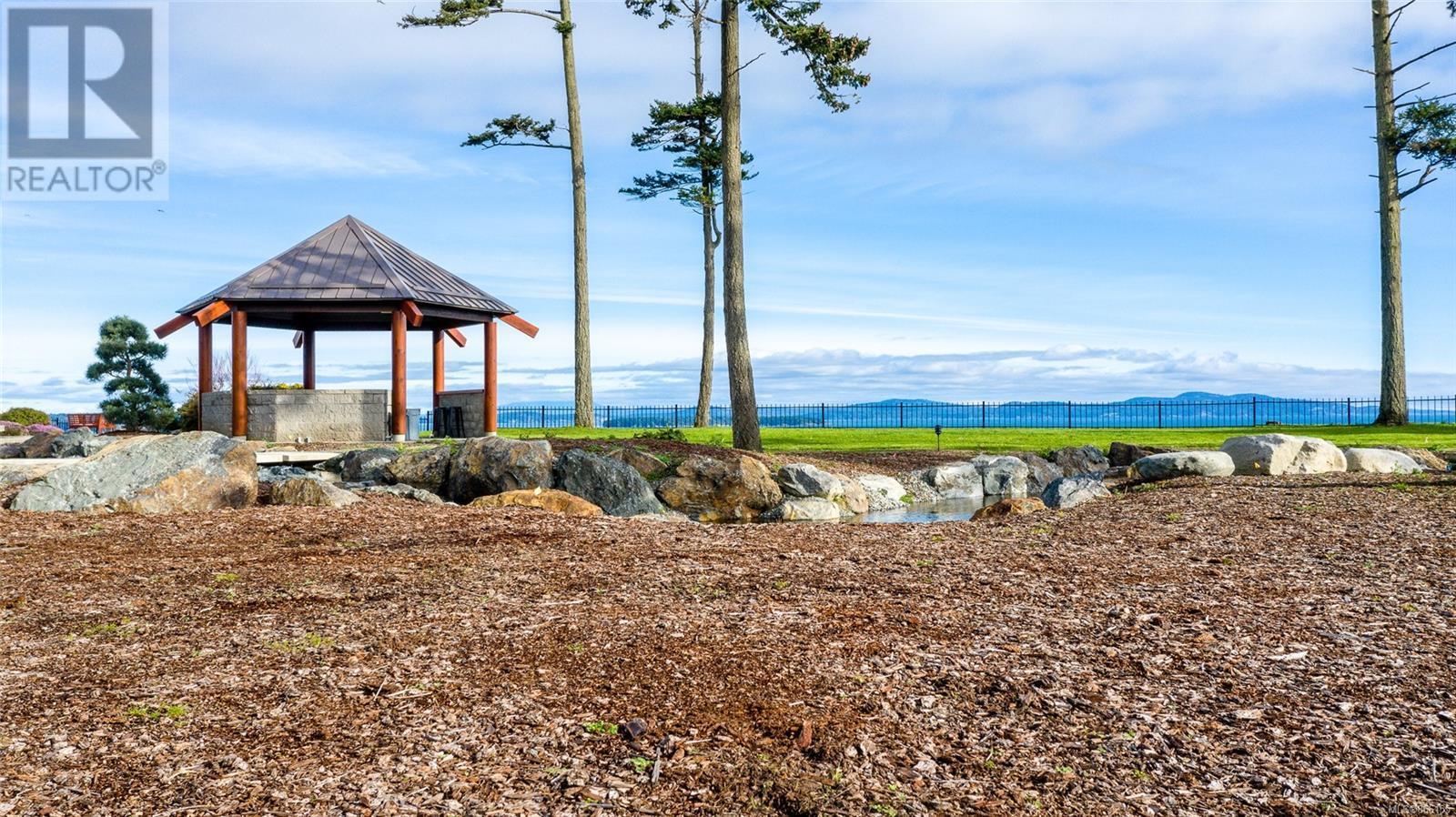 3275 Campion RdCentral Saanich, British Columbia  V8M 1W7 - Photo 66 - 866155