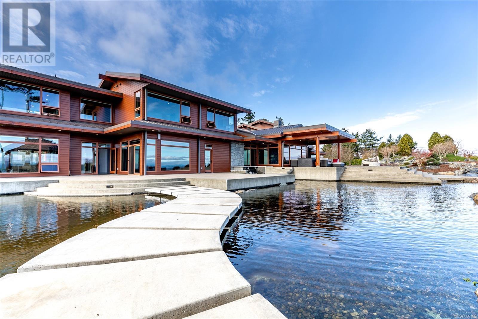 3275 Campion RdCentral Saanich, British Columbia  V8M 1W7 - Photo 70 - 866155