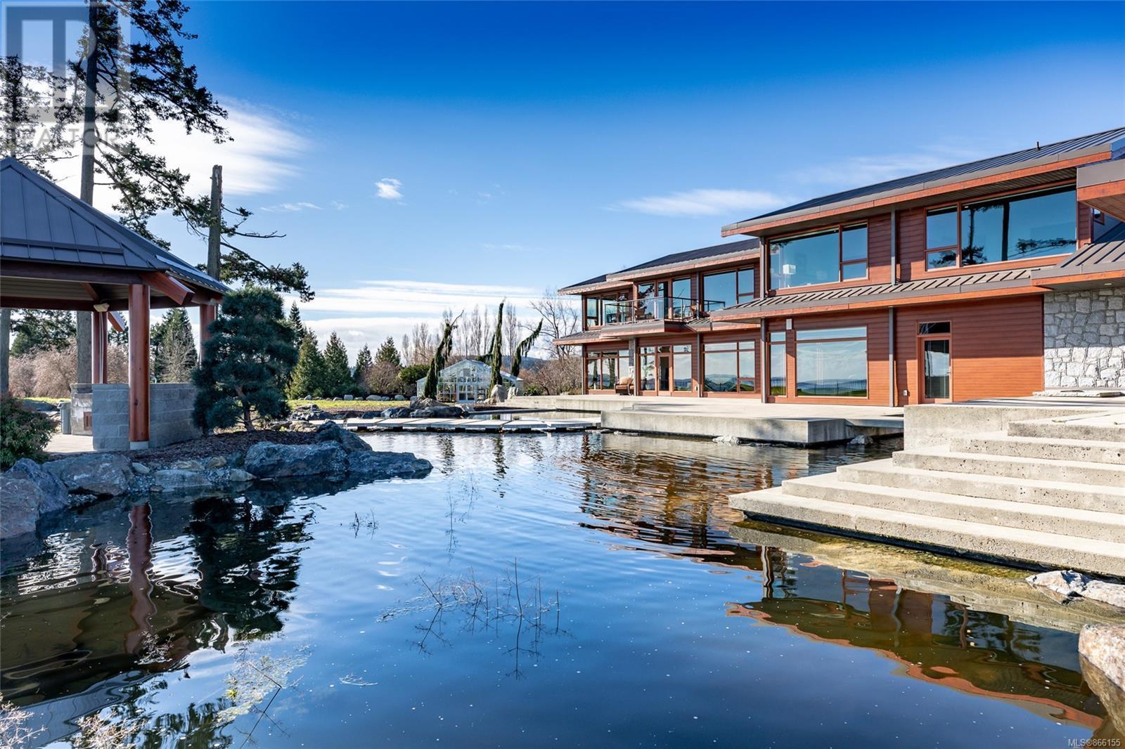 3275 Campion RdCentral Saanich, British Columbia  V8M 1W7 - Photo 71 - 866155