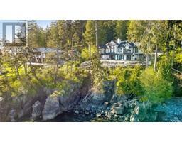 2476 Lighthouse Pt-Property-22859986-Photo-1.jpg