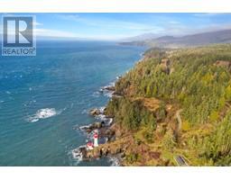 2476 Lighthouse Pt-Property-22859986-Photo-12.jpg