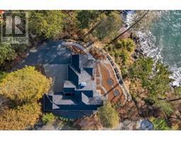 2476 Lighthouse Pt-Property-22859986-Photo-14.jpg