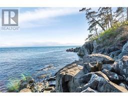 2476 Lighthouse Pt-Property-22859986-Photo-66.jpg