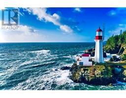 2476 Lighthouse Pt-Property-22859986-Photo-93.jpg