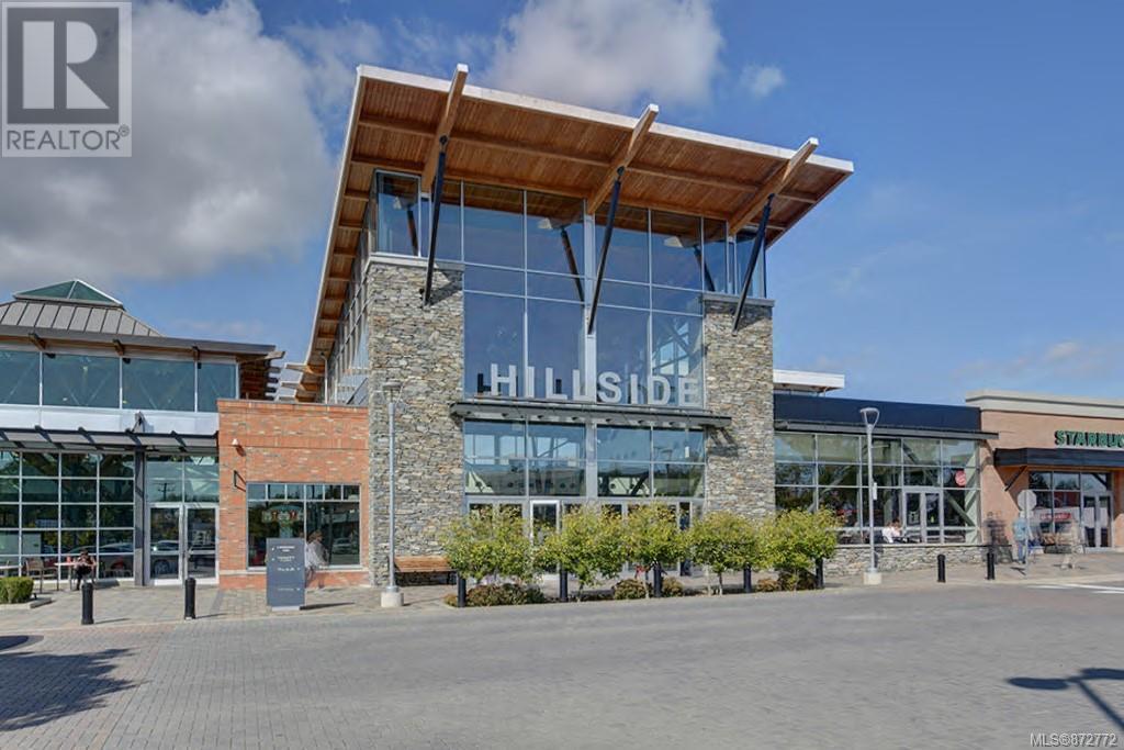 1644 Hillside AveVictoria, British Columbia  V8T 2C5 - Photo 2 - 872772