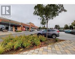 1644 Hillside Ave-Property-23068019-Photo-19.jpg