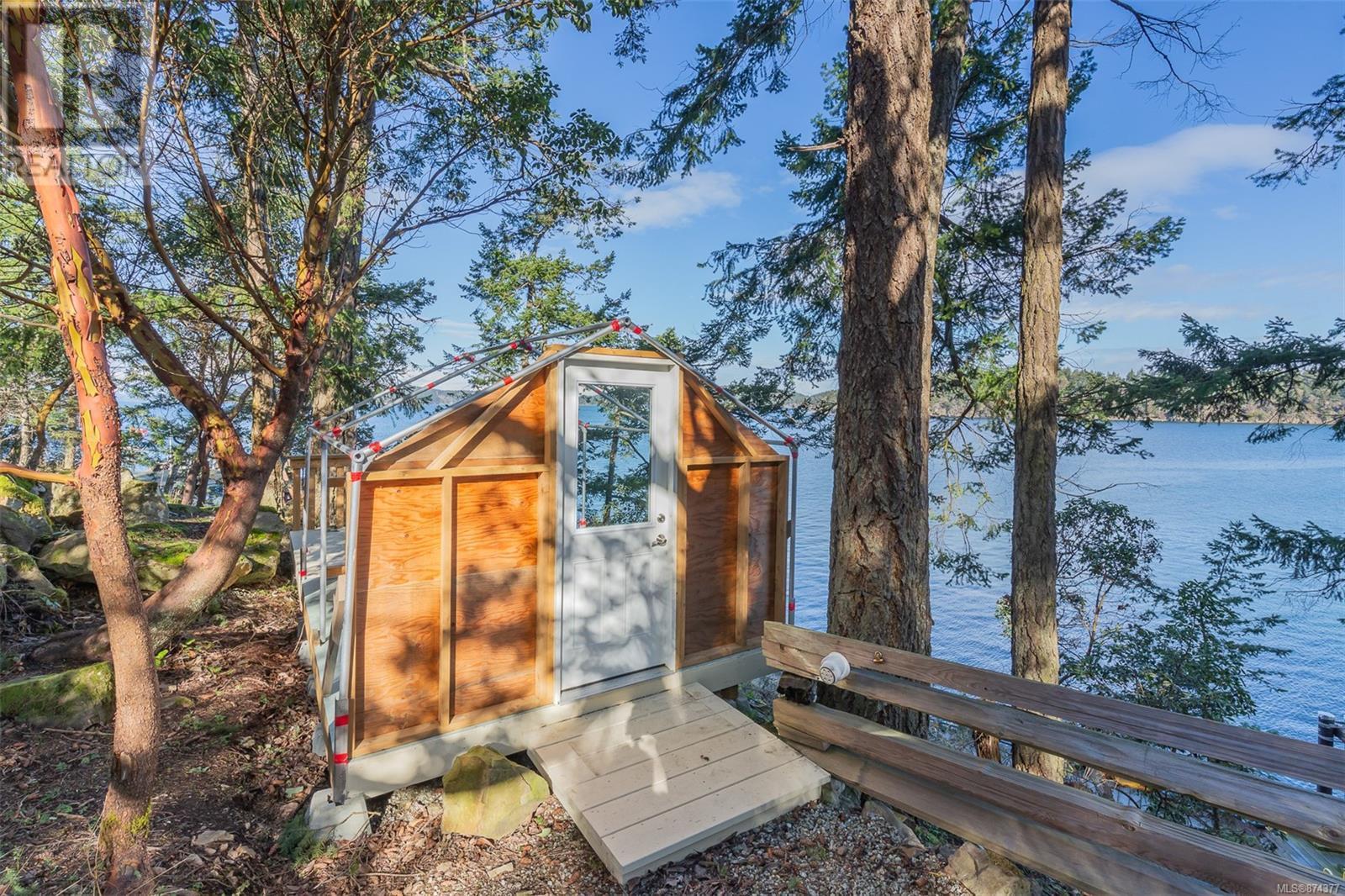 100 East Point RdSaturna Island, British Columbia  V0N 2Y0 - Photo 17 - 874377
