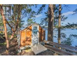 100 East Point Rd-Property-23142778-Photo-17.jpg