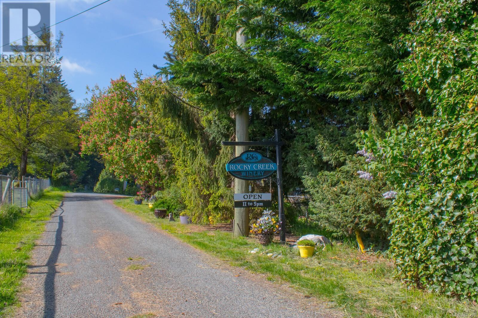 1854 Myhrest RdCobble Hill, British Columbia  V0R 1N1 - Photo 11 - 876271