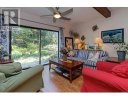 1854 Myhrest Rd-Property-23223230-Photo-16.jpg