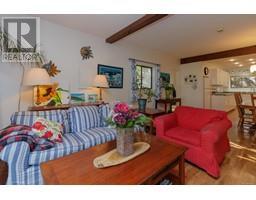 1854 Myhrest Rd-Property-23223230-Photo-17.jpg