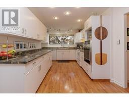 1854 Myhrest Rd-Property-23223230-Photo-21.jpg