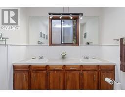 1854 Myhrest Rd-Property-23223230-Photo-31.jpg