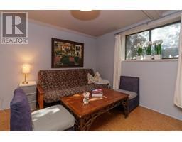1854 Myhrest Rd-Property-23223230-Photo-38.jpg