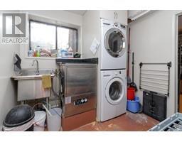 1854 Myhrest Rd-Property-23223230-Photo-40.jpg