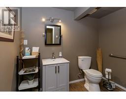 1854 Myhrest Rd-Property-23223230-Photo-58.jpg