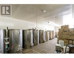1854 Myhrest Rd-Property-23223230-Photo-6.jpg