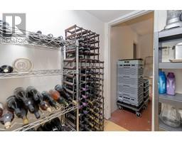1854 Myhrest Rd-Property-23223230-Photo-7.jpg