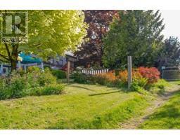 1854 Myhrest Rd-Property-23223230-Photo-71.jpg