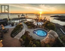 504 1175 Beach Dr-Property-23269757-Photo-45.jpg