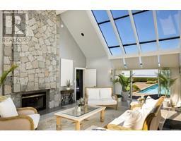 4035 Locarno Lane-Property-23432054-Photo-15.jpg