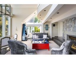4035 Locarno Lane-Property-23432054-Photo-23.jpg