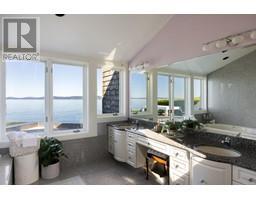 4035 Locarno Lane-Property-23432054-Photo-47.jpg
