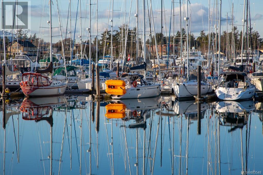 3 9716 Third StSidney, British Columbia  V8L 3A2 - Photo 11 - 883548