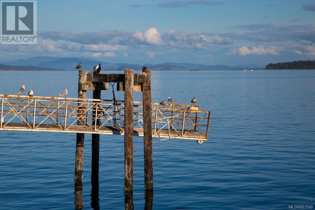 3 9716 Third StSidney, British Columbia  V8L 3A2 - Photo 12 - 883548