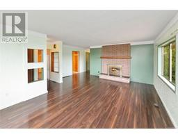 2536 ASQUITH St-Property-23545892-Photo-14.jpg