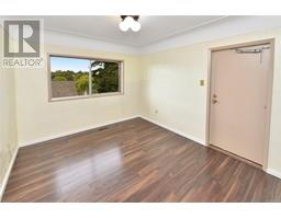2536 ASQUITH St-Property-23545892-Photo-18.jpg