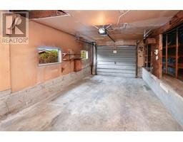 2536 ASQUITH St-Property-23545892-Photo-26.jpg