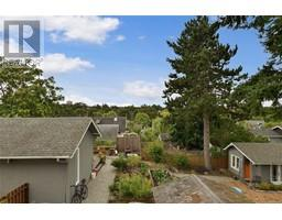 2536 ASQUITH St-Property-23545892-Photo-36.jpg