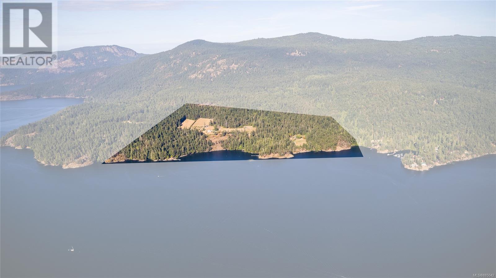 230 Smith RdSalt Spring, British Columbia  V8K 2A9 - Photo 1 - 885042