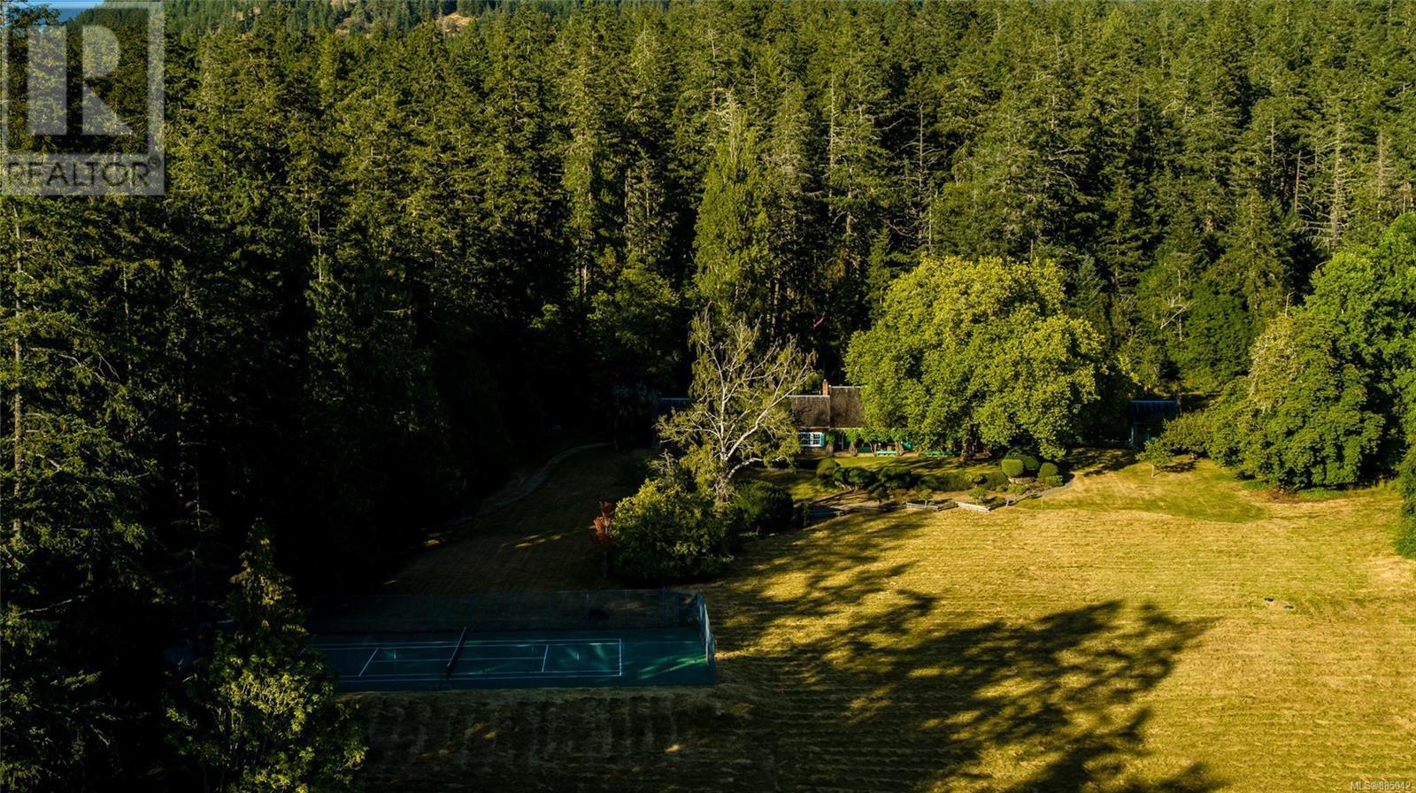 230 Smith RdSalt Spring, British Columbia  V8K 2A9 - Photo 32 - 885042