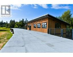 7081 Central Saanich Rd-Property-23606973-Photo-3.jpg