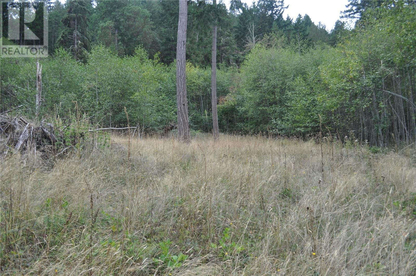 14 Trustees TrailSalt Spring, British Columbia  V8K 2Y1 - Photo 2 - 886719