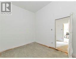 533 Skywater Dr-Property-23674156-Photo-18.jpg