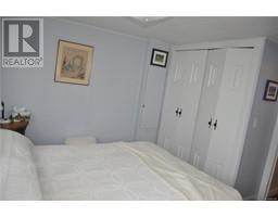 2004 135 Brinkworthy Rd-Property-23679390-Photo-9.jpg