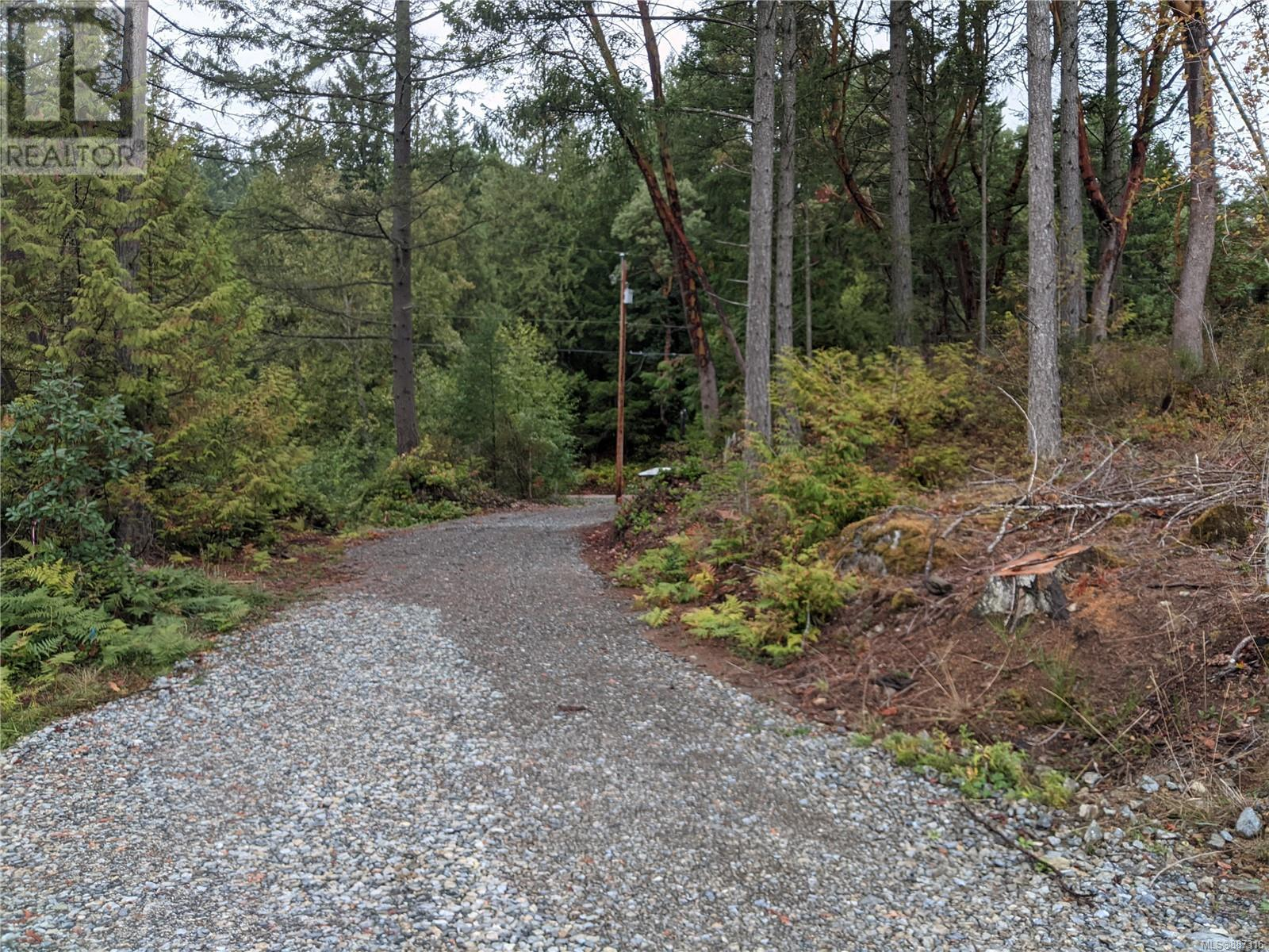 440 Ebadora LaneMalahat, British Columbia  V0R 2L0 - Photo 6 - 887316