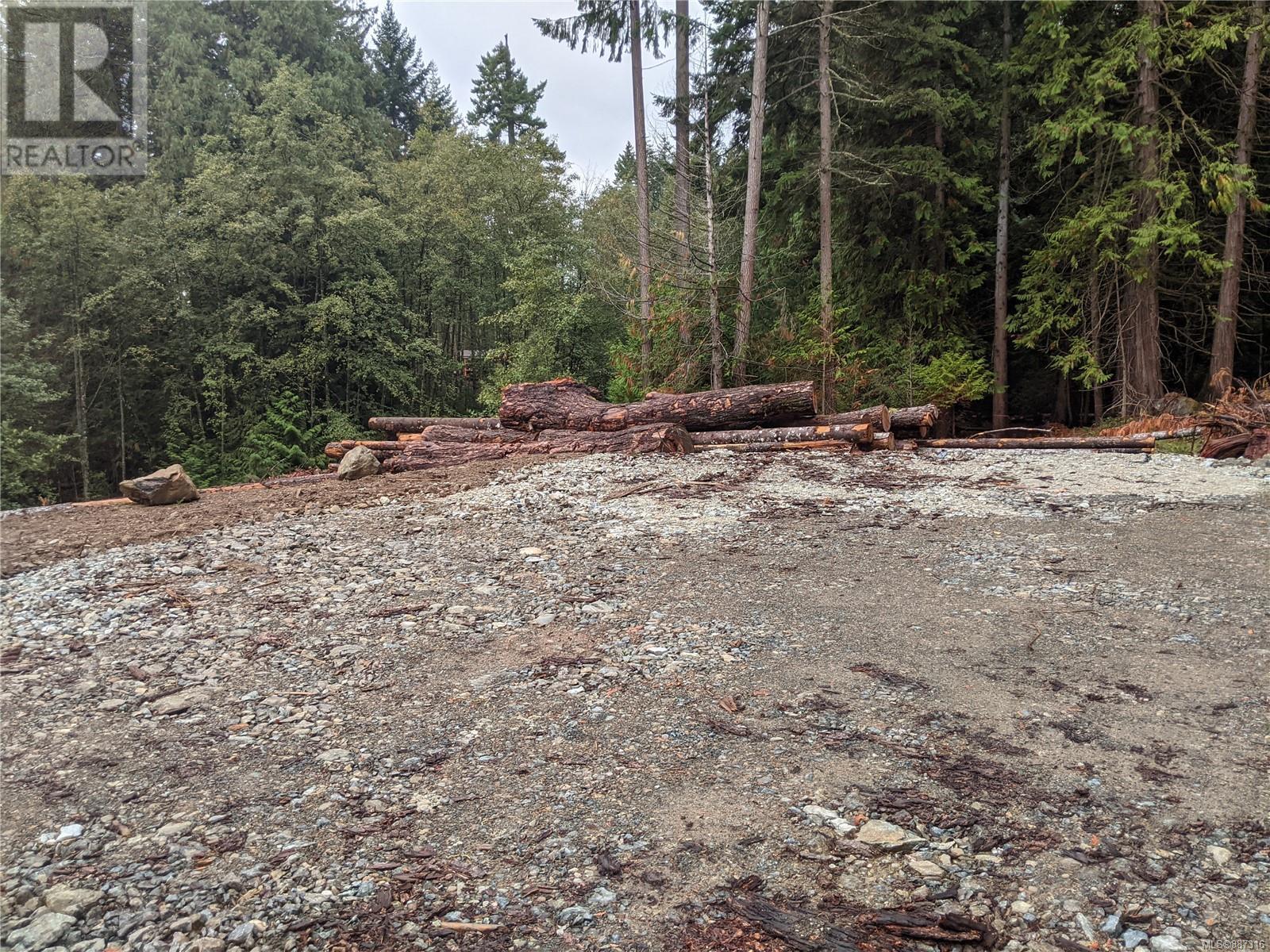 440 Ebadora LaneMalahat, British Columbia  V0R 2L0 - Photo 8 - 887316