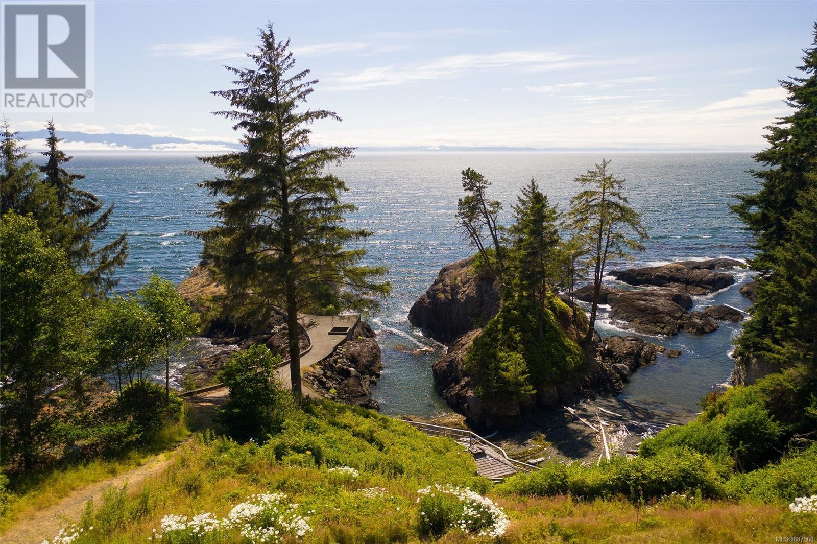 1188 Silver Spray DrSooke, British Columbia  V0S 1N0 - Photo 2 - 887560