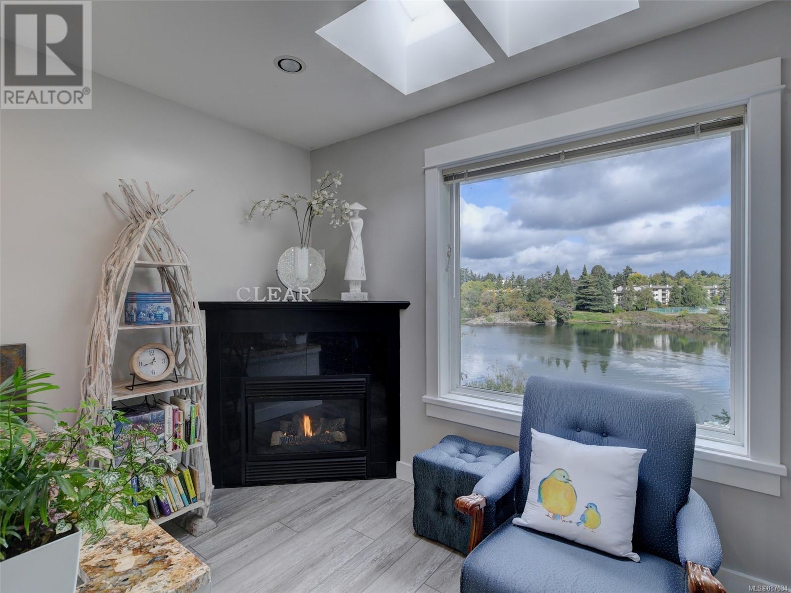 3 1004 Decosta PlEsquimalt, British Columbia  V9A 6Y3 - Photo 13 - 887634