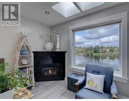3 1004 DeCosta Pl-Property-23698984-Photo-13.jpg