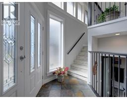 3 1004 DeCosta Pl-Property-23698984-Photo-14.jpg