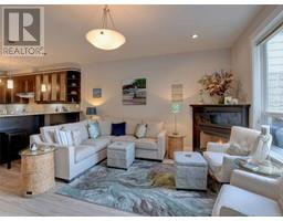 3 1004 DeCosta Pl-Property-23698984-Photo-17.jpg
