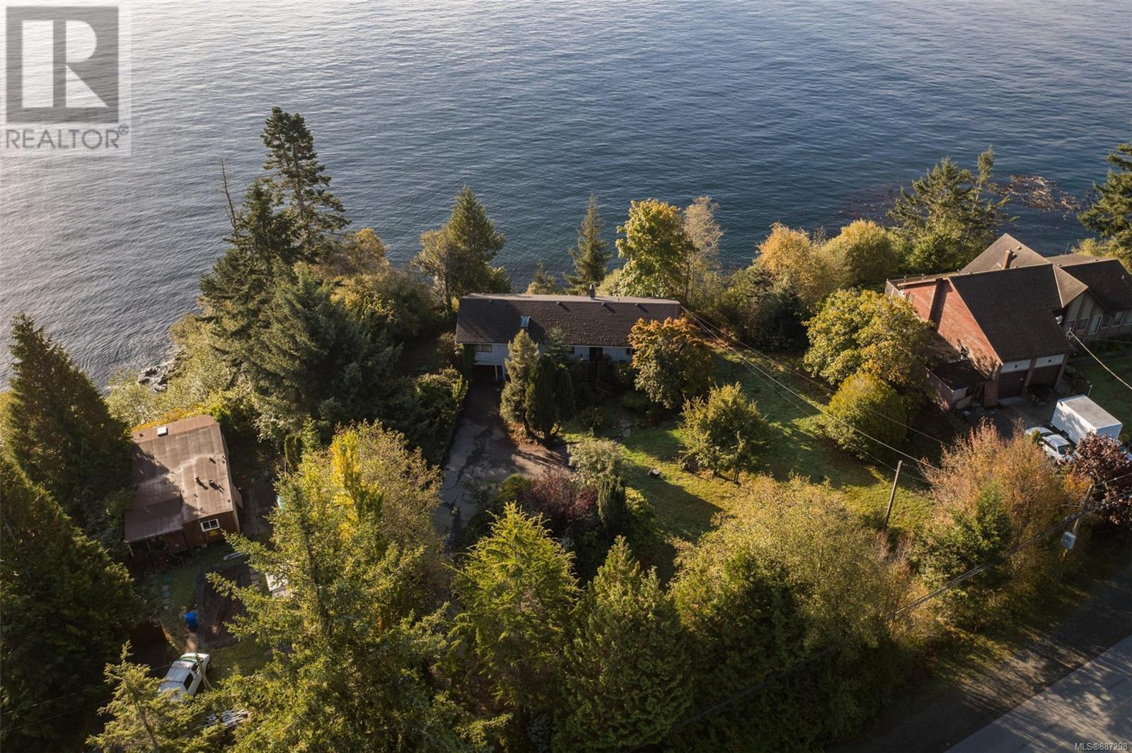 8233 West Coast RdSooke, British Columbia  V9Z 1E1 - Photo 3 - 887298