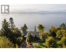 8233 West Coast Rd-Property-23703832-Photo-13.jpg